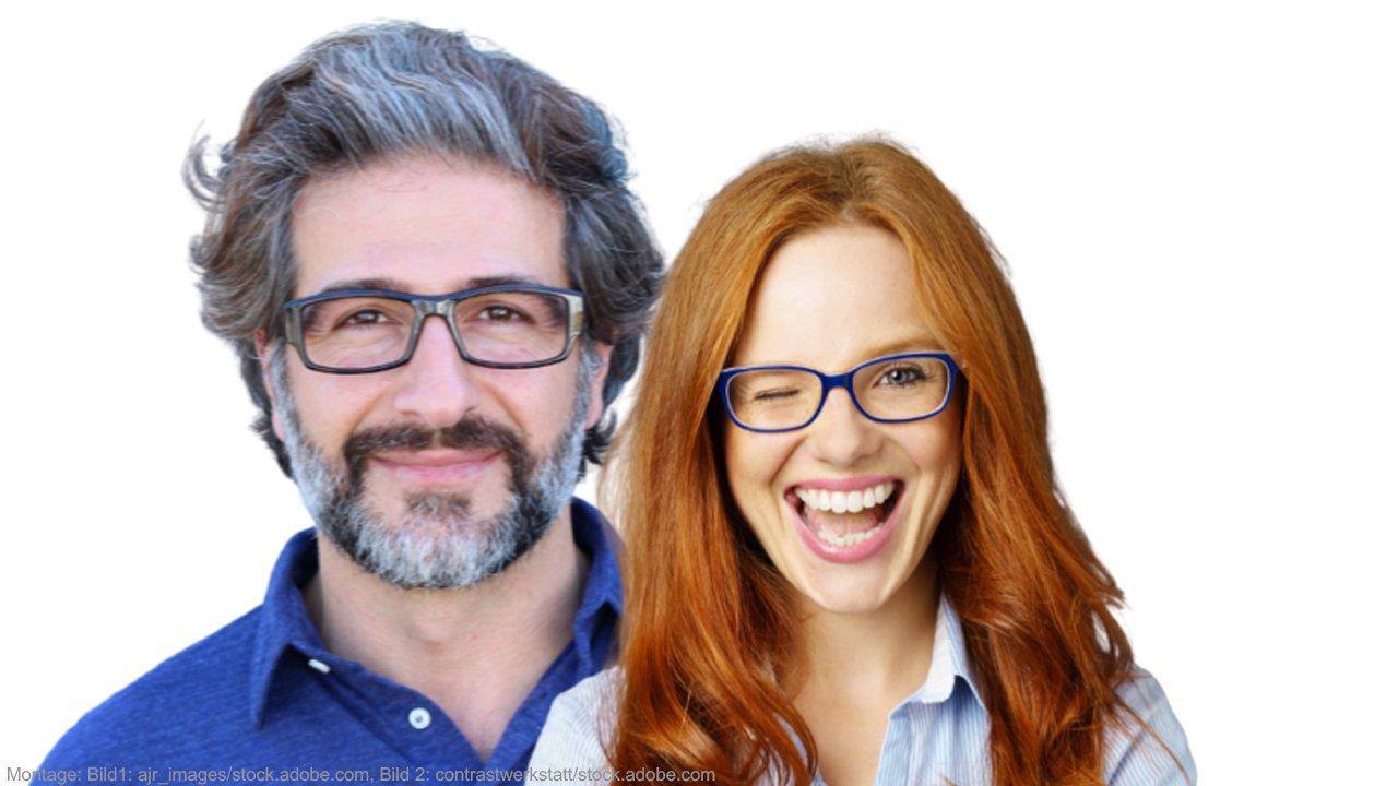Streit aufarbeiten. Mann und Frau lachen.
